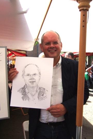Bert met portret in Amersfoort